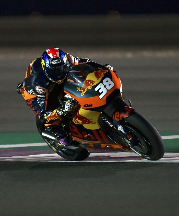 Foto: Bradley Smith en su KTM durante el GP de Qatar. (EFE)