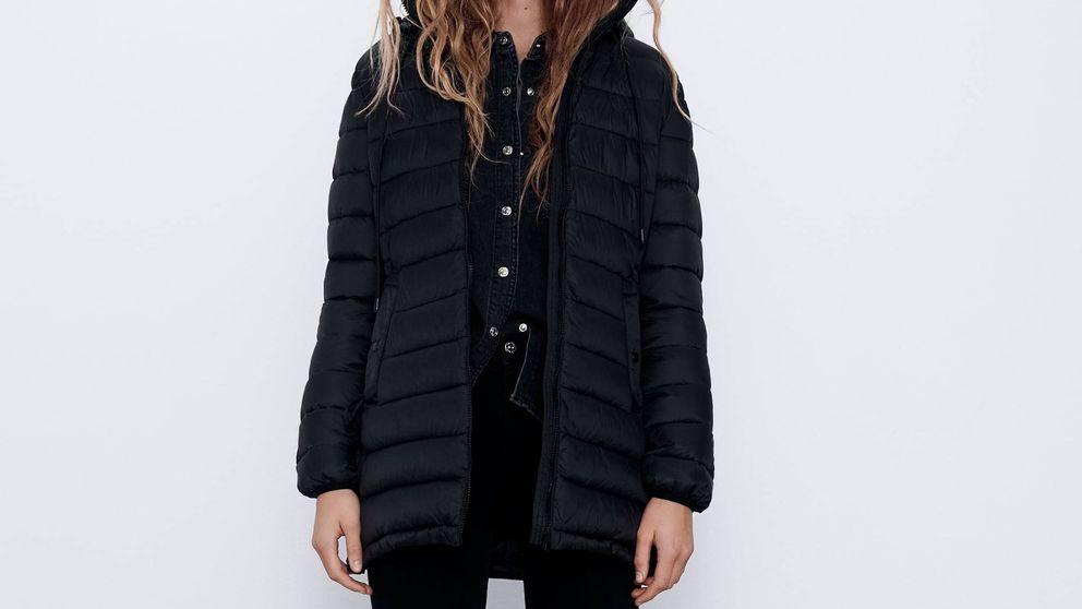 Zara tiene el abrigo perfecto para las que odian la lluvia