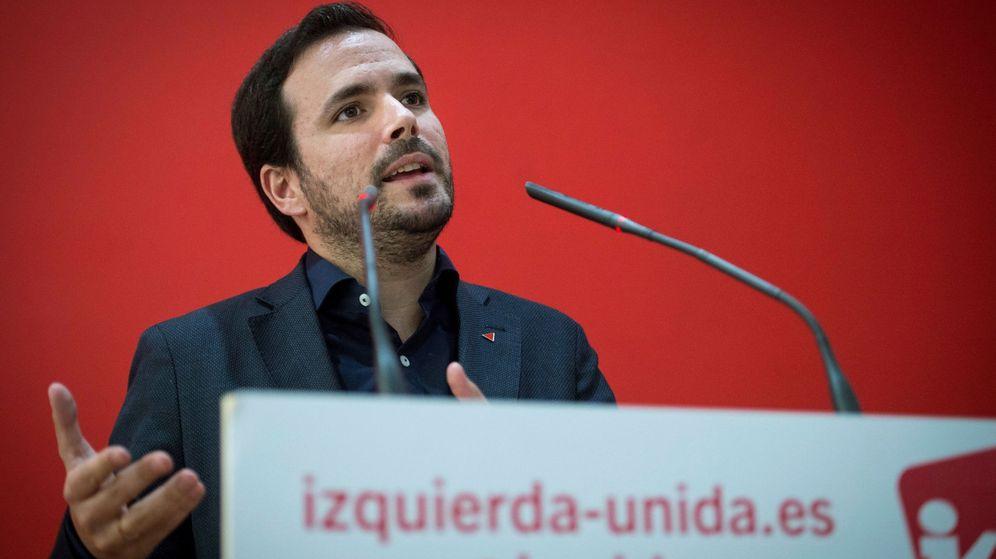Foto: El coordinador federal de IU, Alberto Garzón, durante la rueda de prensa para analizar los resultados de las elecciones generales del 10N. (EFE)