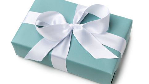 El simple truco para envolver regalos esta Navidad que te ahorra tiempo