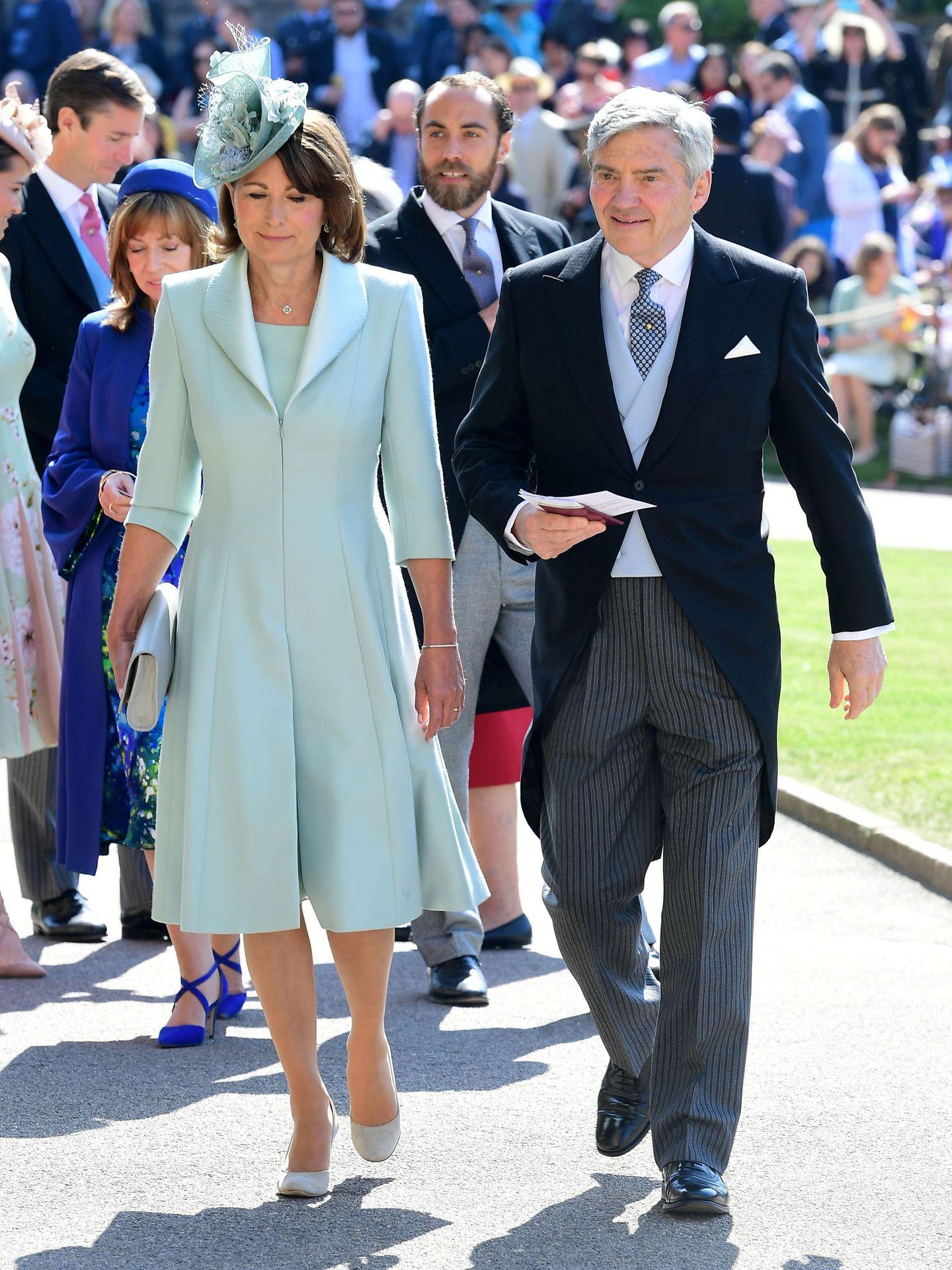 Carole y Michael Middleton en la boda de los duques de Sussex. (Reuters)