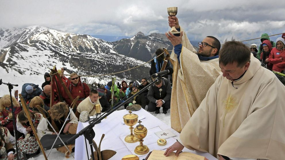 Juan Pablo II no debería ser Santo