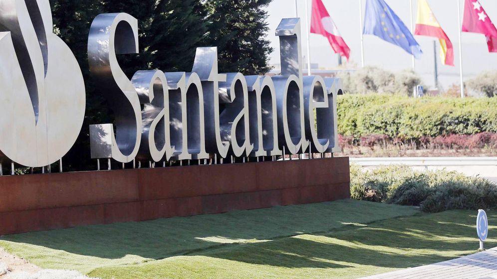 Foto: Entrada al cuartel general de Santander en Boadilla del Monte.