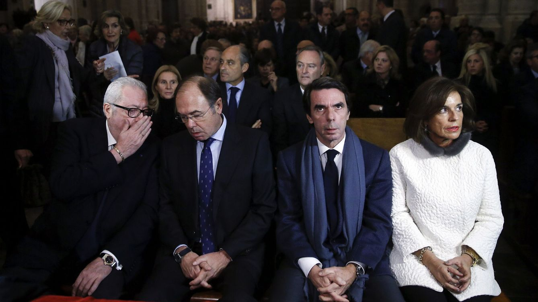 Aznar y la vieja guardia del PP despiden a Barberá en primera fila tres días después