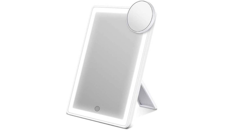 Espejo con luces LED de AEVO.