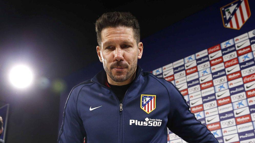 Foto: El entrenador del Atlético de Madrid, Diego Simeone, en rueda de prensa (Efe).