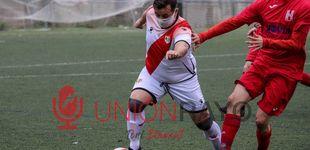 Post de La foto que resume las miserias del fútbol moderno: 2.500 euros al mes por jugar en 3ª