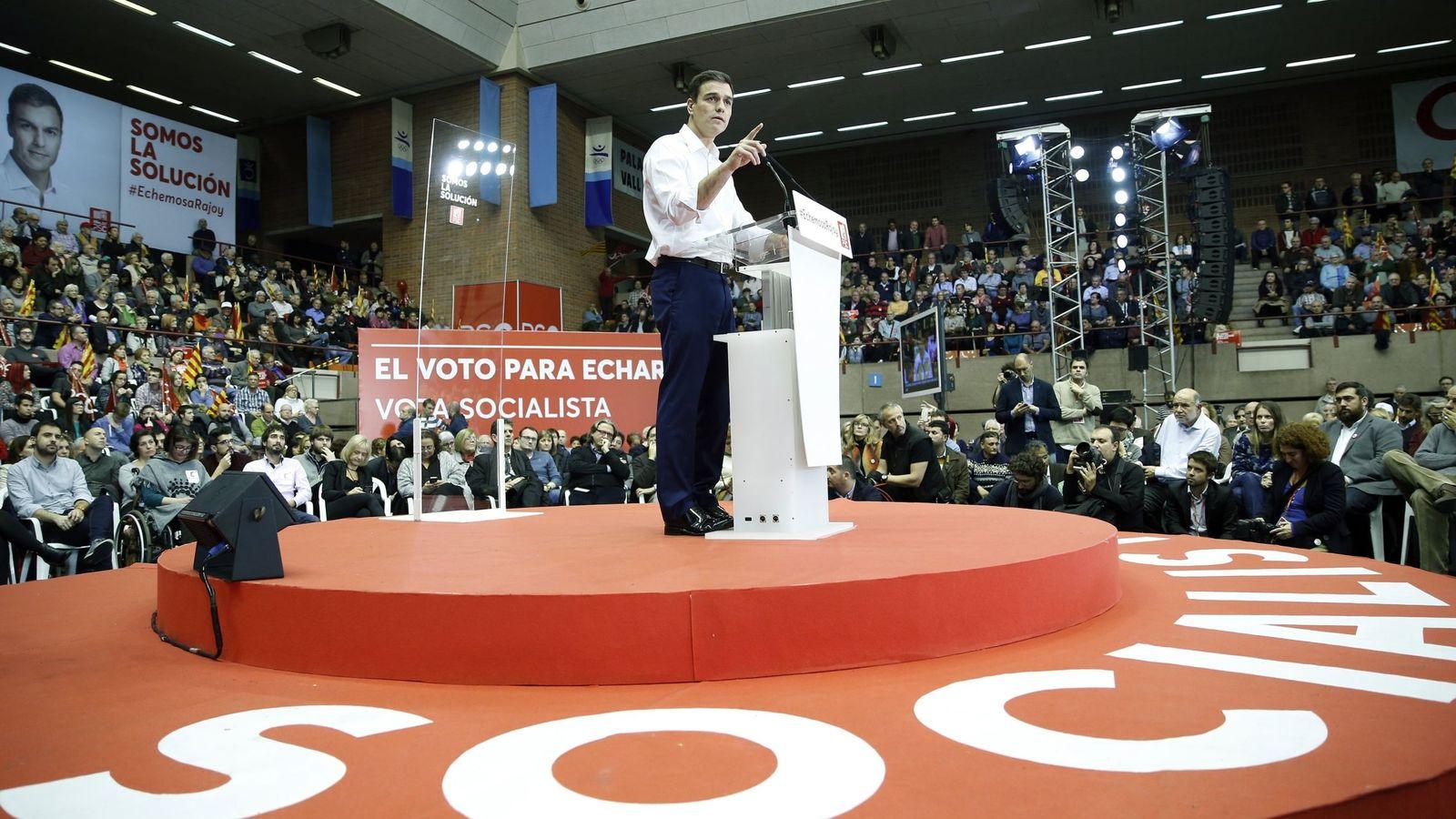 Foto: El líder del PSOE, Pedro Sánchez, durante un mitin. (EFE)