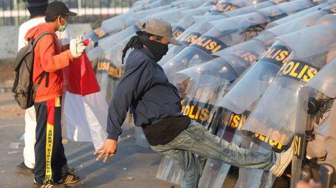 Una semana de protestas en Indonesia y Sánchez presenta la campaña del PSOE: el día en fotos