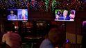 Dos mundos paralelos en los debates de Trump y Biden: No sé nada sobre QAnon