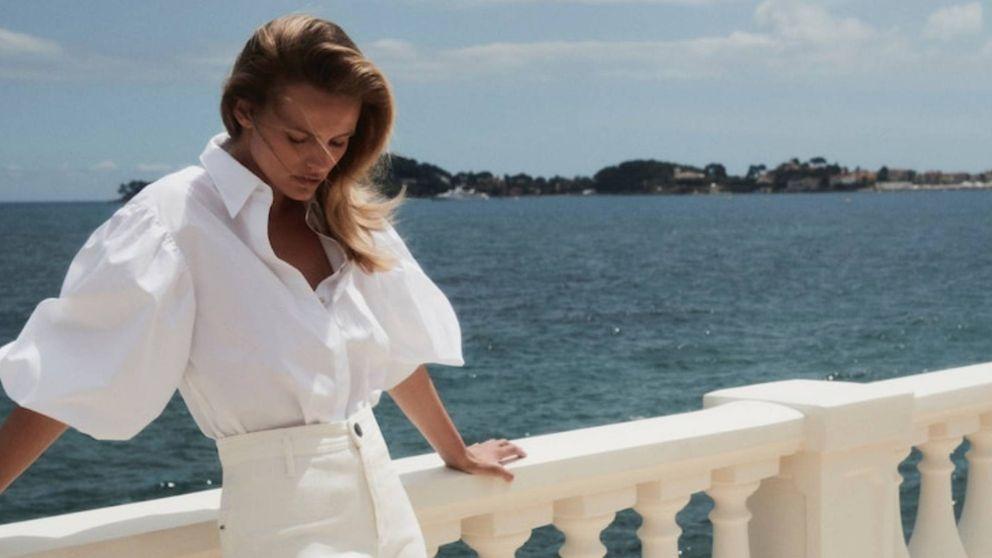 Massimo Dutti no ha rebajado esta nueva camisa blanca, pero nos la vamos a comprar igual