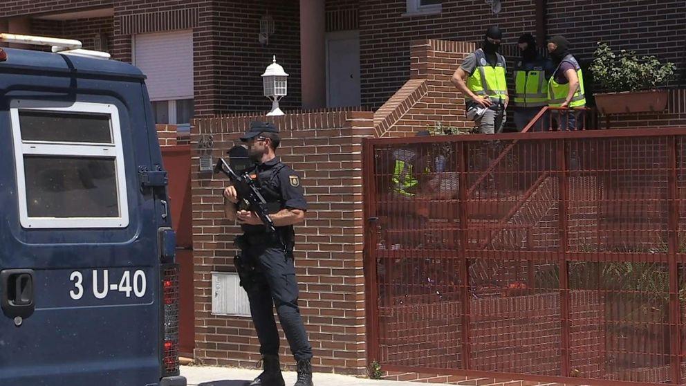 La célula yihadista utilizaba como oficina la carnicería de la mezquita central