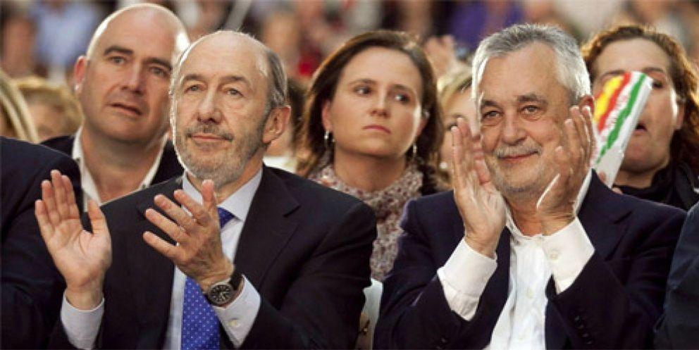 Griñán ofrece a Rubalcaba una alianza ante los ataques internos del PSOE