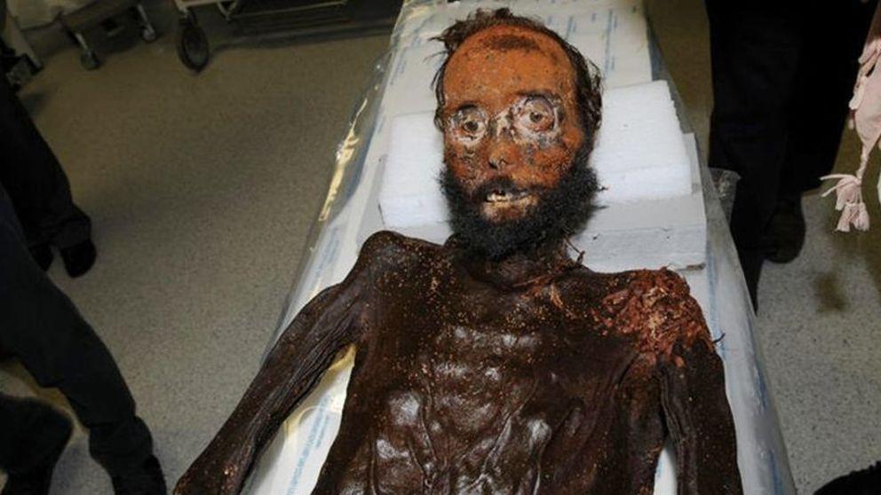 Prim sufrió heridas por estrangulación y fue suplantado por sus asesinos