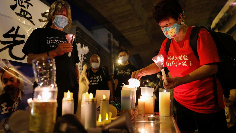 Una vigilia en Hong Kong en conmemoración de la masacre de Tiananmen. (Reuters)