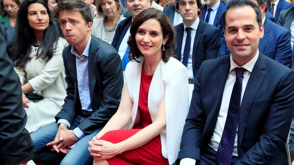 Foto: De izquierda a derecha: Rocío Monasterio (Vox), Íñigo Errejón (Más Madrid), Isabel Díaz Ayuso (PP) e Ignacio Aguado (Ciudadanos)