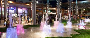 Foto: ¿Centros comerciales en apuros? Más restaurantes en lugar de tiendas para capear la crisis