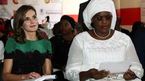 Rolex, Chanel... La lujosa puesta en escena de la primera dama de Senegal ante Letizia