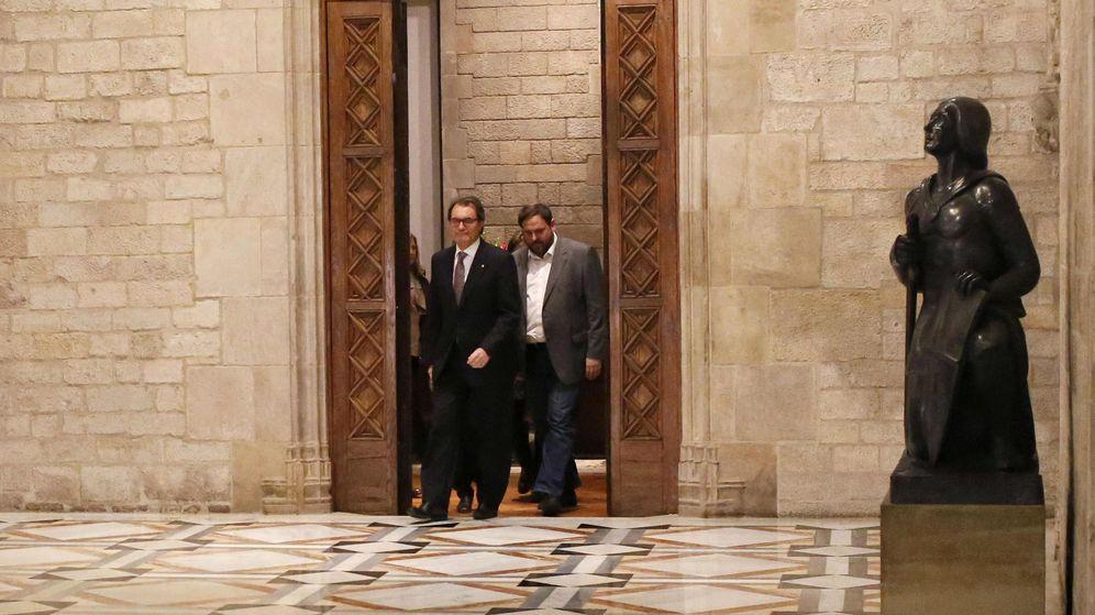 Foto: Artur Mas y Oriol Junqueras, al anunciar las elecciones. (Reuters)