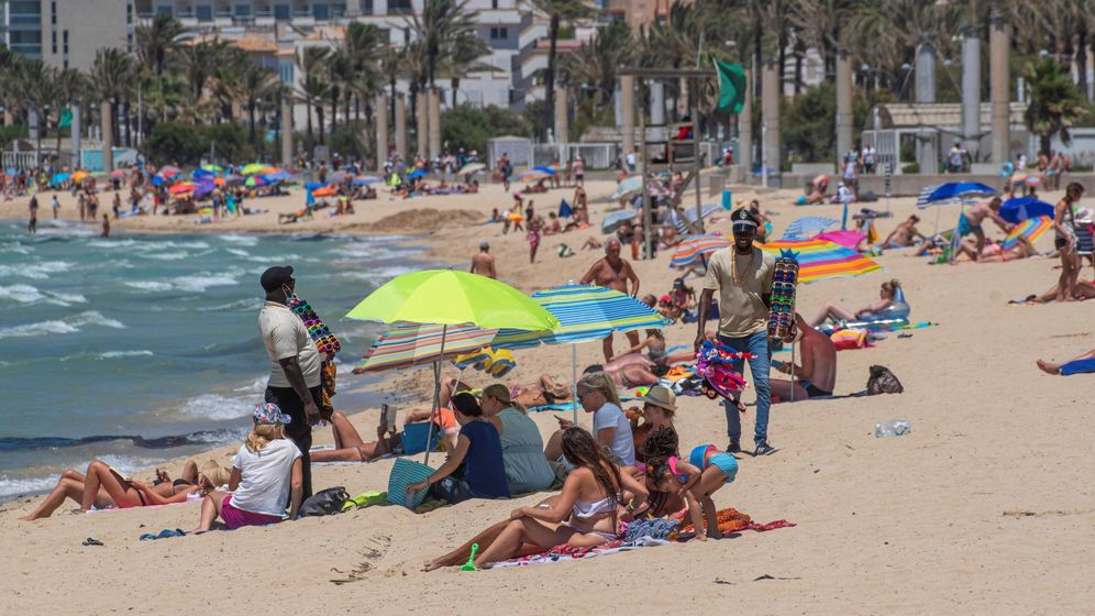 Foto: Aspecto de la playa de Palma. (EFE)