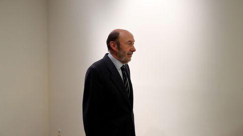 Rubalcaba, ingresado en un hospital de Madrid tras sufrir un ictus