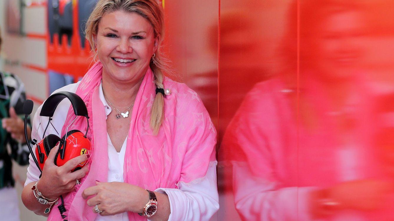 Corinna Schumacher, madre coraje en el debut de su hijo Mick en la Fórmula 1