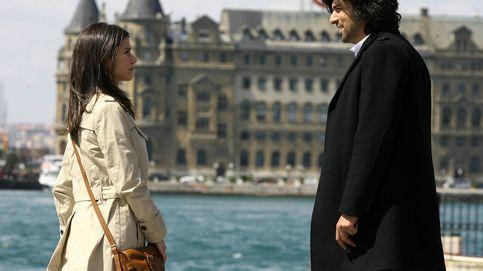 Cochazos y besos discretos: la locura por las series turcas amenaza a las españolas