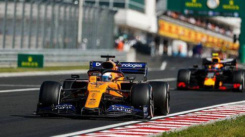 El día en que Carlos Sainz 'meó en el pecho' a uno de los dos pilotos de Red Bull