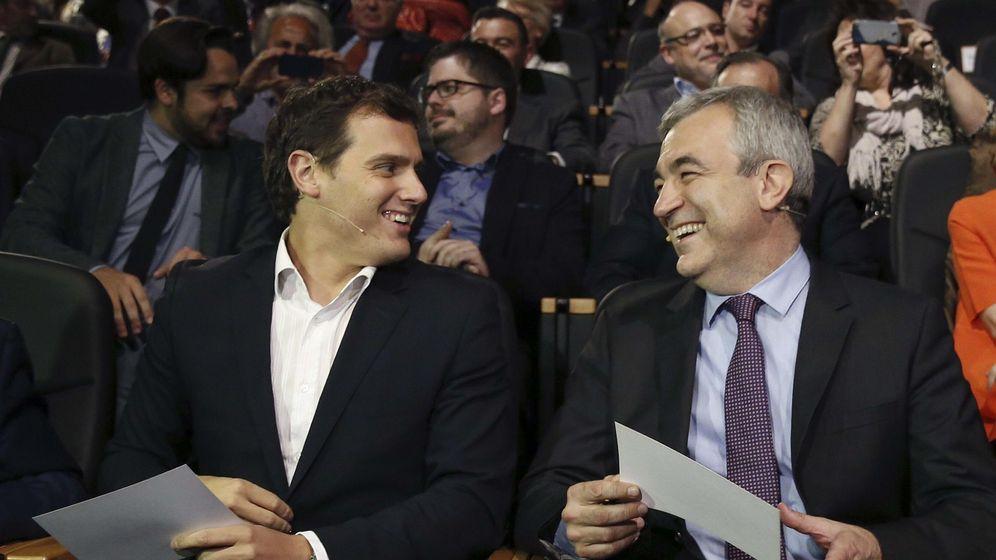 Foto: El líder de Ciudadanos, Albert Rivera, y el economista Luis Garicano en una imagen de archivo. (Efe)