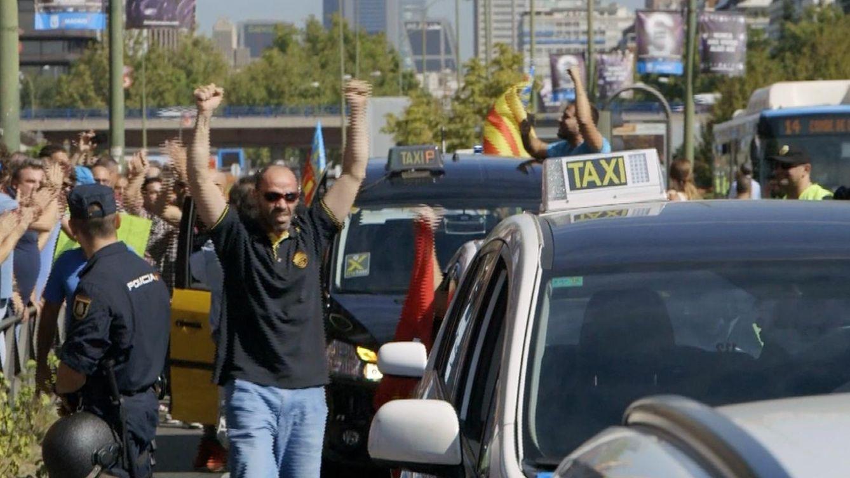Así actúa el grupo de taxistas que está radicalizando las calles de España
