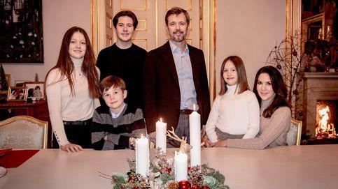 Rania, Mary o Mette-Marit: sus posados familiares para felicitar las navidades