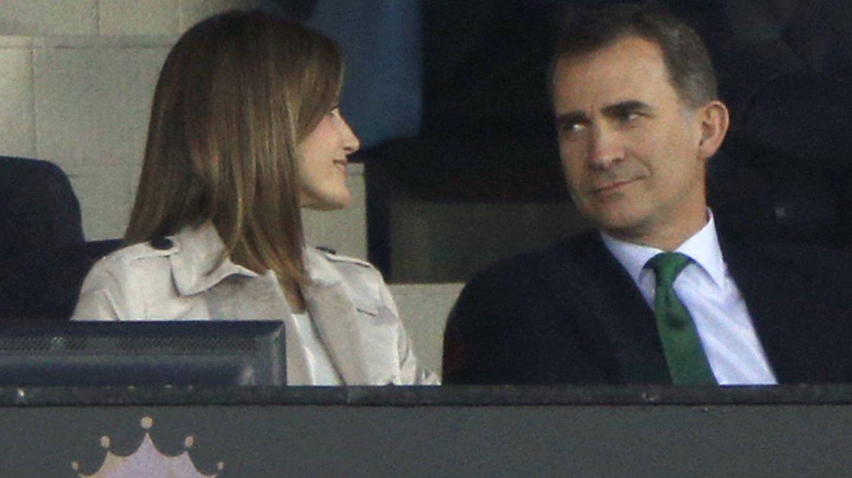 Don Felipe y doña Letizia en la final de la Copa del Rey. (Gtres)
