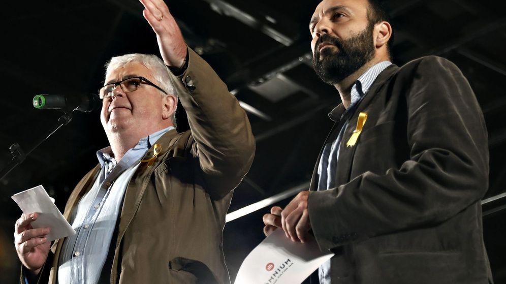 Foto: El vicepresidente de la ANC, Agustí Alcoberro (i) y el portavoz de Omnium Cultural, Marcel Mauri (d). (EFE)