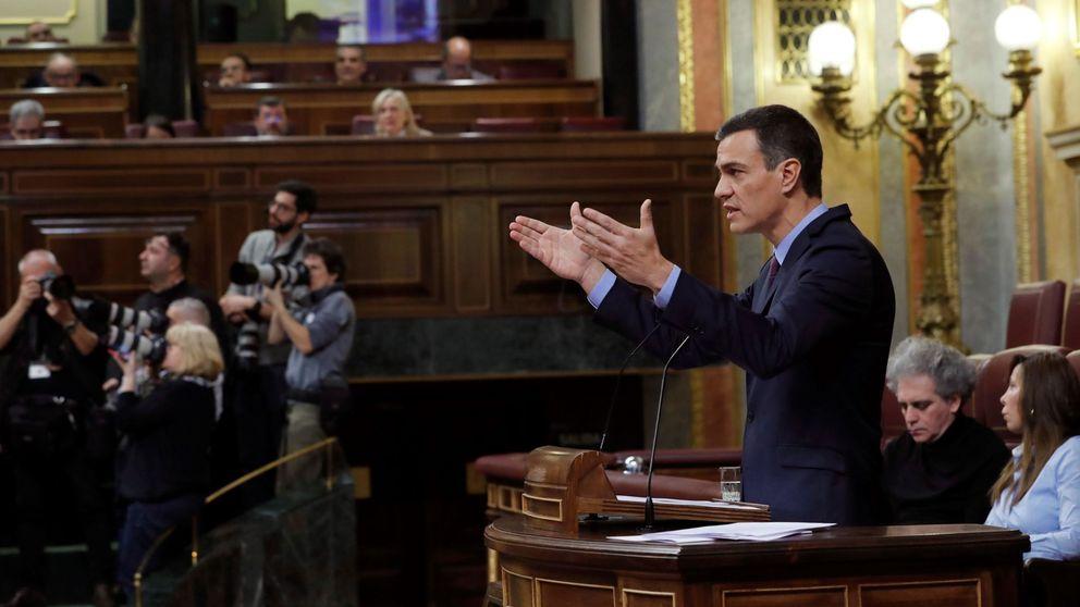 Sánchez acusa al PP y a Cs de pactar con los nostálgicos del franquismo