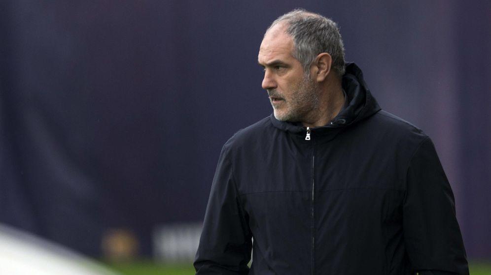 Foto: Zubizarreta cree que su salida se debió a la política del fútbol (EFE/Alejandro García).