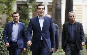 Tsipras nombra un Gobierno para batallar con la troika y sin mujeres