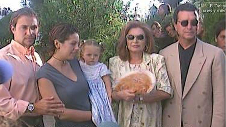 Imágenes de la familia en la festividad de la Virgen de Regla.