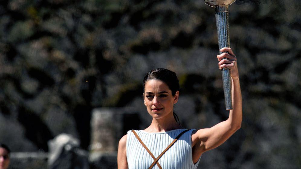 Foto: La ceremonia de encendido de la antorcha olímpica se celebró este jueves en Olimpia (Grecia). (EFE)