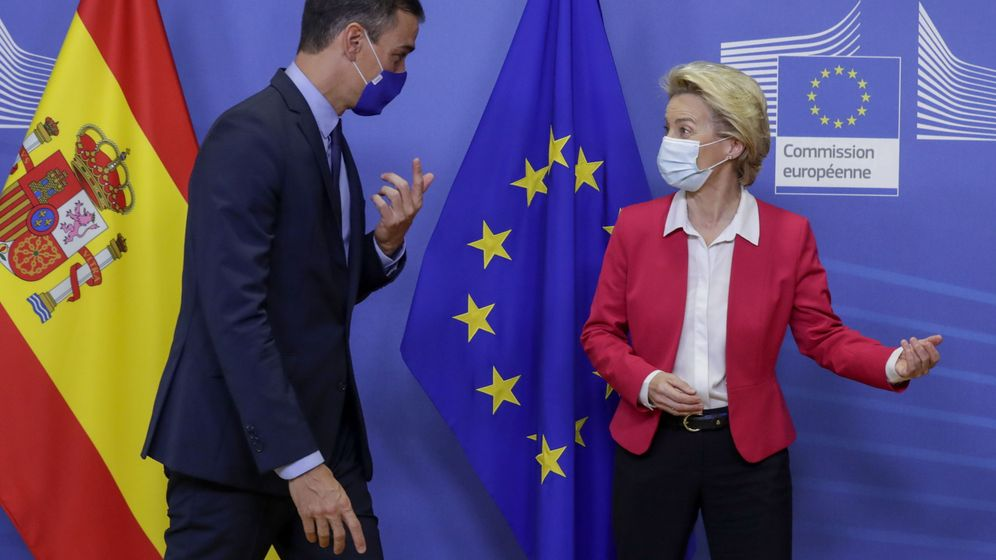 Foto: El presidente del Gobierno, Pedro Sánchez, con la presidenta de la Comisión Europea, Ursula Von Der Leyen, esta semana en Bruselas. (EFE)