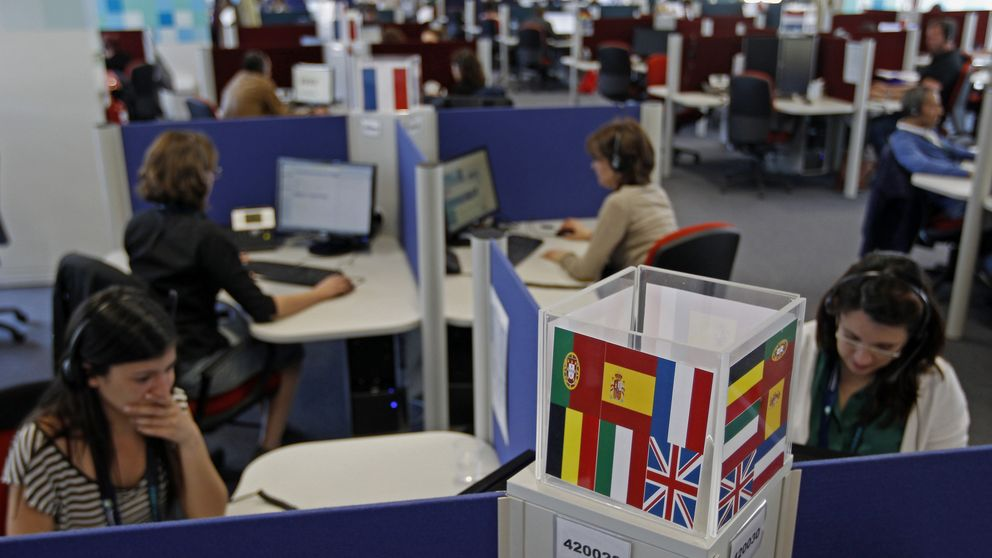 Españoles en la trituradora laboral de los 'call centers' portugueses
