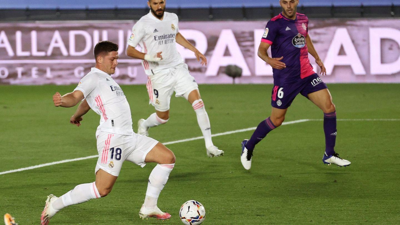 Jovic en el partido frente al Valladolid de esta temporada. (EFE)