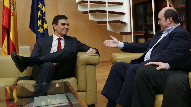 PNV pide a Sánchez retrasar las elecciones lo máximo para salvar el traspaso competencial