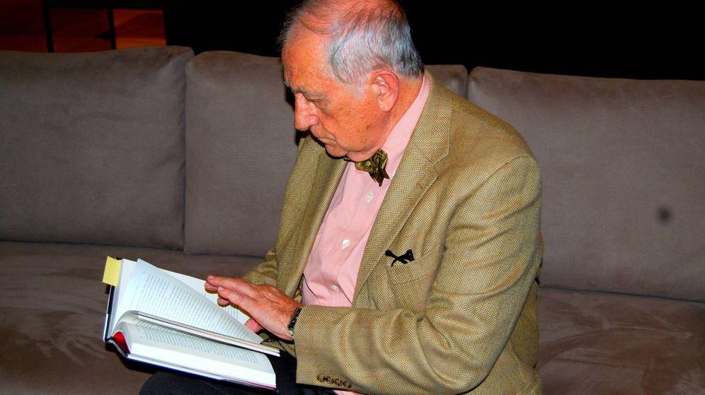 Foto: Chencho Arias con su nuevo libro (Vanitatis)