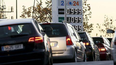 El precio de los carburantes toca mínimos del verano ante el puente del 15 de agosto