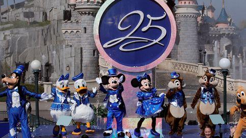 Disneyland París celebra sus 25 años y lucha para remontar la deuda