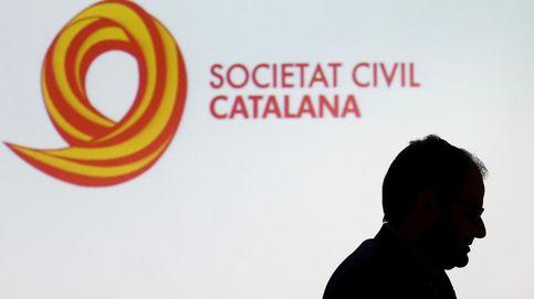 Sánchez atrae a las asociaciones constitucionalistas a la 'cumbre' del Liceu