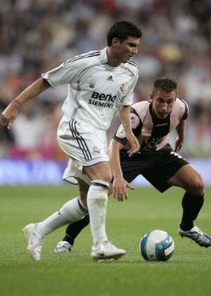 Wenger viaja a Madrid para colocar a Reyes... en el Atleti