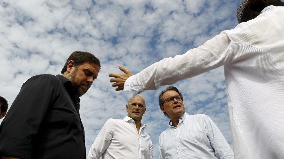 Foto: Los candidatos de Junts pel Sí Artur Mas (d), Oriol Junqueras (i) y Raul Romeva (c). (EFE)