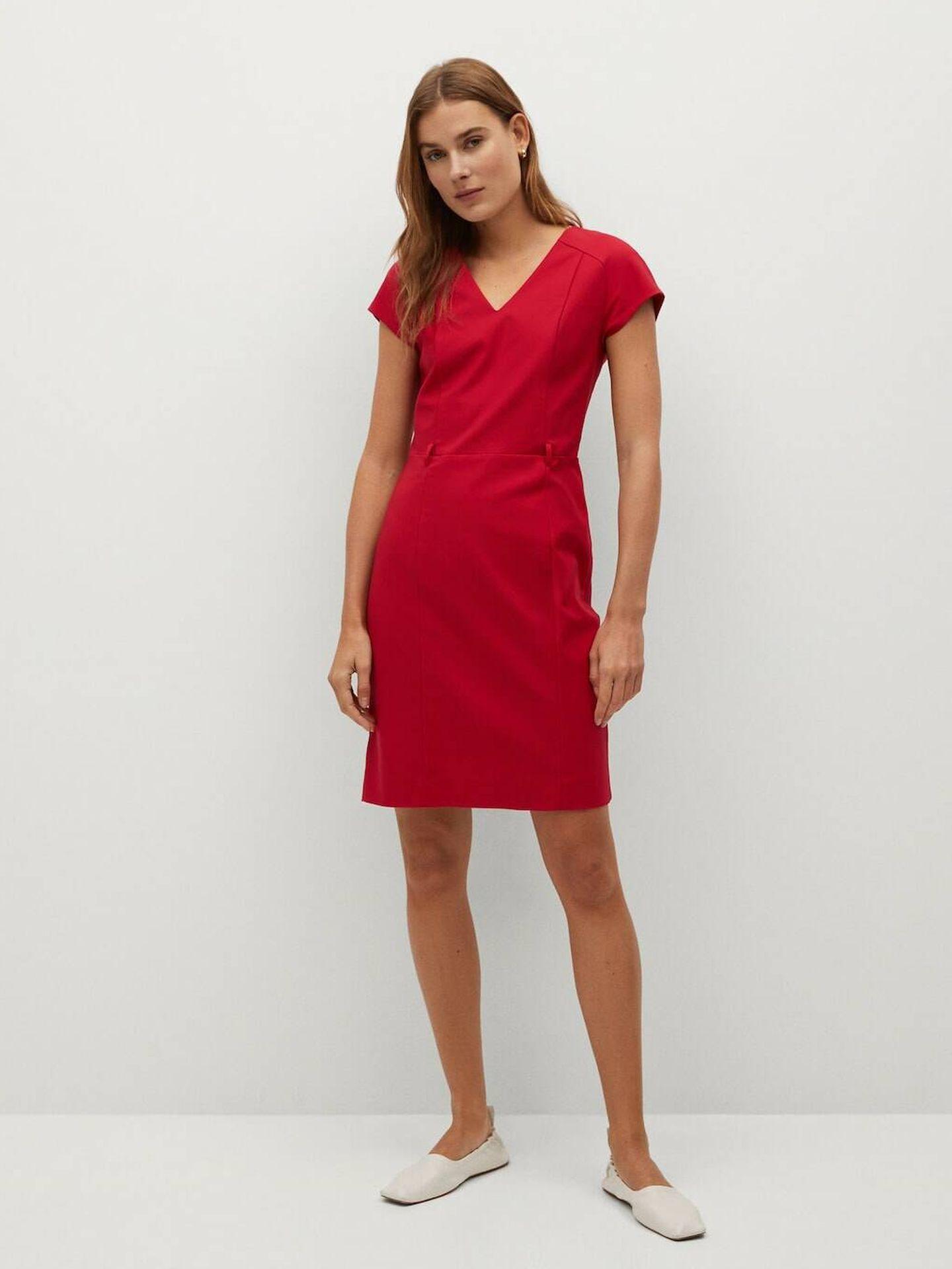 Vestido rojo de las rebajas Mango. (Cortesía)