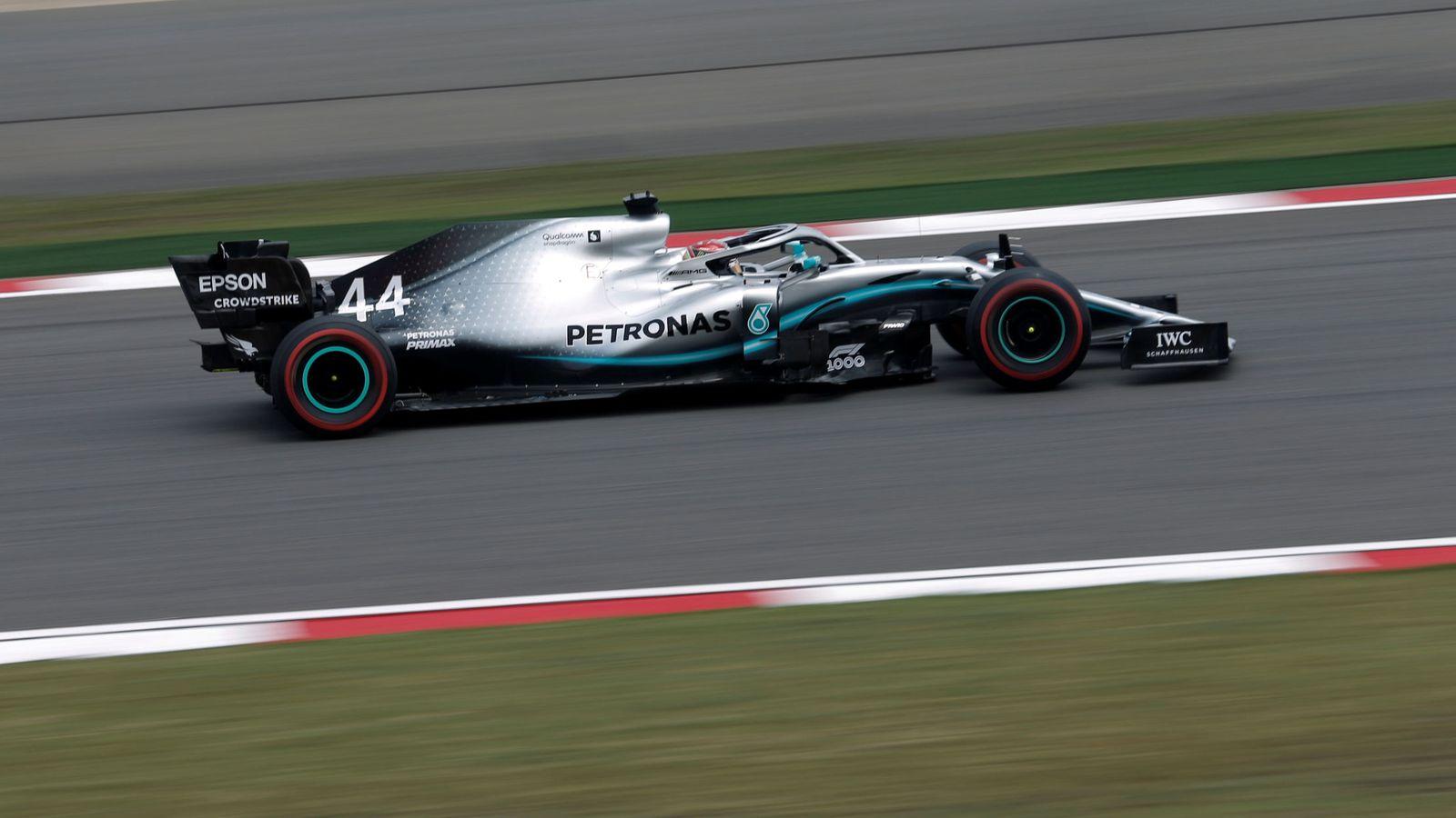 Foto: Lewis Hamilton durante los entrenamientos en China. (Reuters)